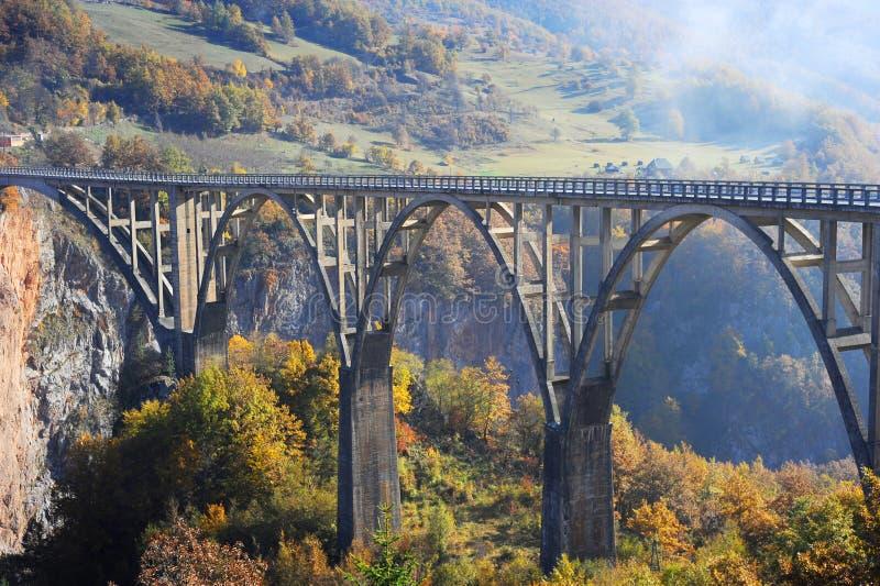 Ponte de Djurdjevica Tara imagem de stock