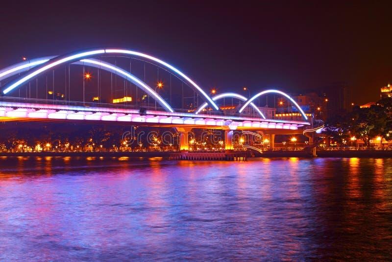 Ponte de Guangzhou na noite em China fotografia de stock