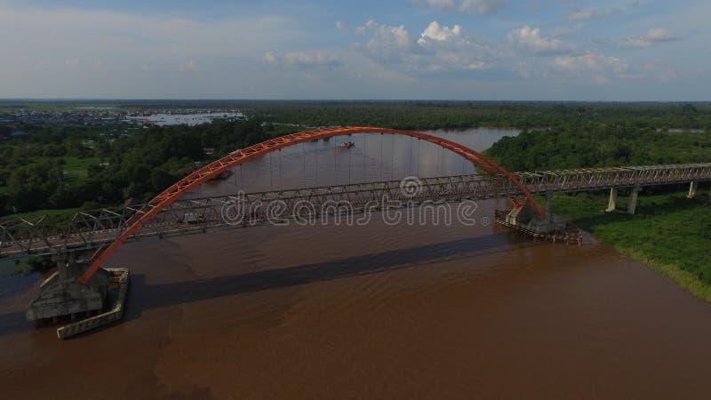 Ponte de Kahayan em Palangkaraya imagens de stock