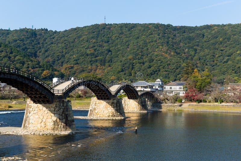 Ponte de Kintai do japonês foto de stock