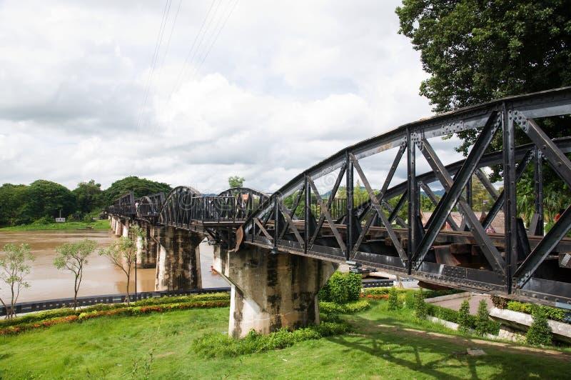 Ponte de Kwai do rio em Kanchanaburi Tailândia fotos de stock