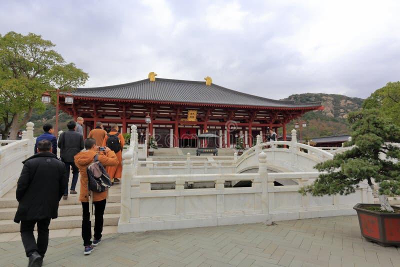 Ponte de mármore da faculdade de zhejiang buddha, adôbe rgb imagem de stock