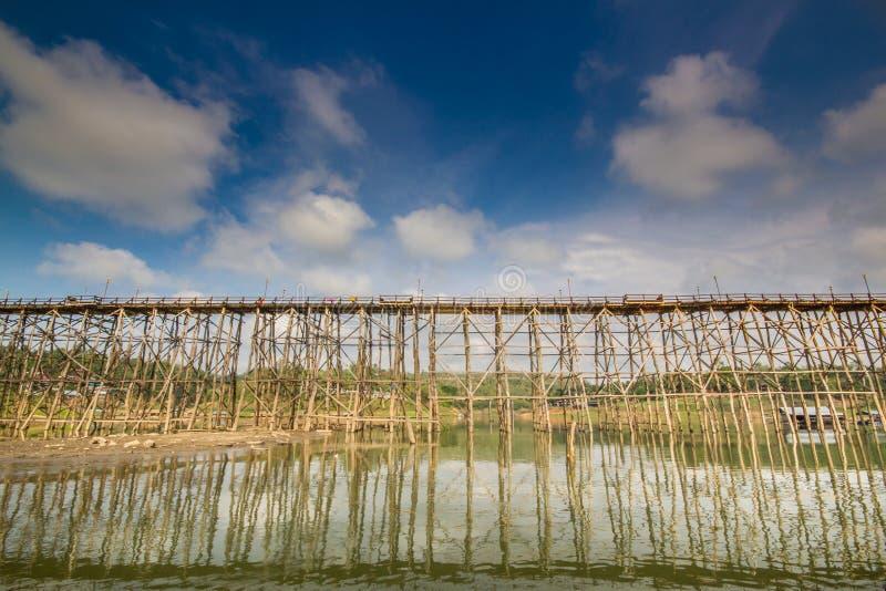 Ponte de madeira, Tailândia fotografia de stock royalty free