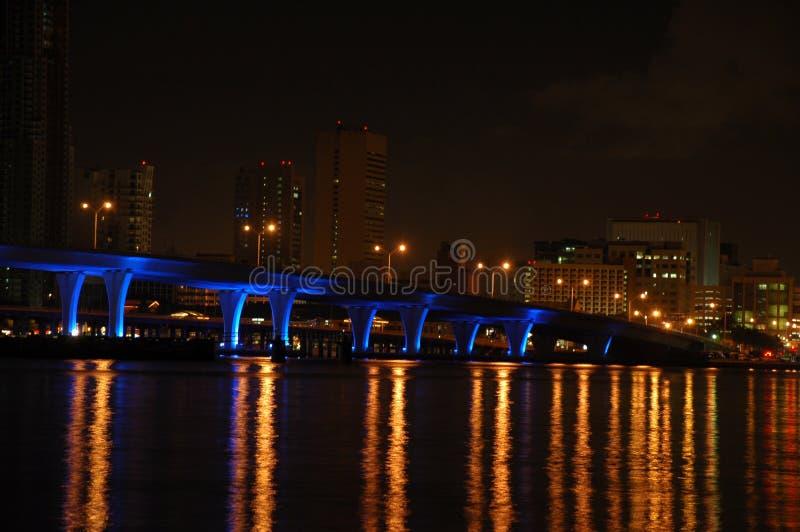 Ponte de Miami na noite fotografia de stock royalty free