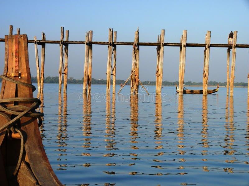 Ponte de passeio em Myanmar (Burma) fotos de stock
