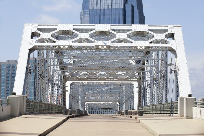 Ponte de pedestre vazia imagem de stock royalty free