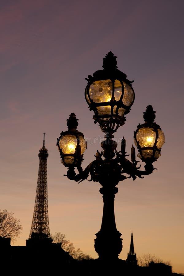 Ponte de Pont Alexandre III com torre Eiffel, Paris foto de stock royalty free