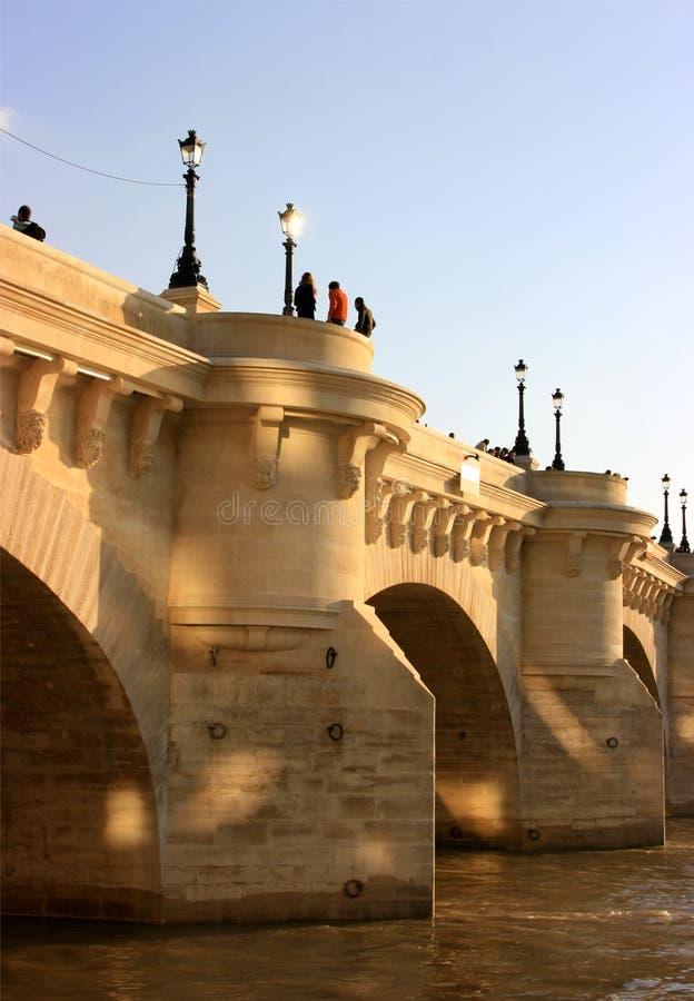 A ponte de Pont Neuf imagens de stock