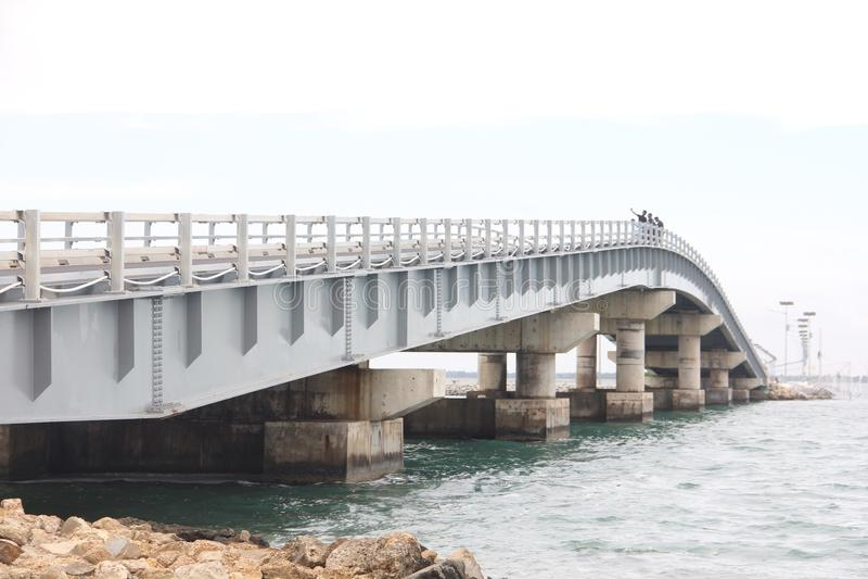 Ponte de Poonarin situada em Sri Lanka imagens de stock royalty free