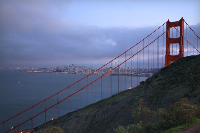 Ponte de porta dourada San Francisco dos promontório foto de stock