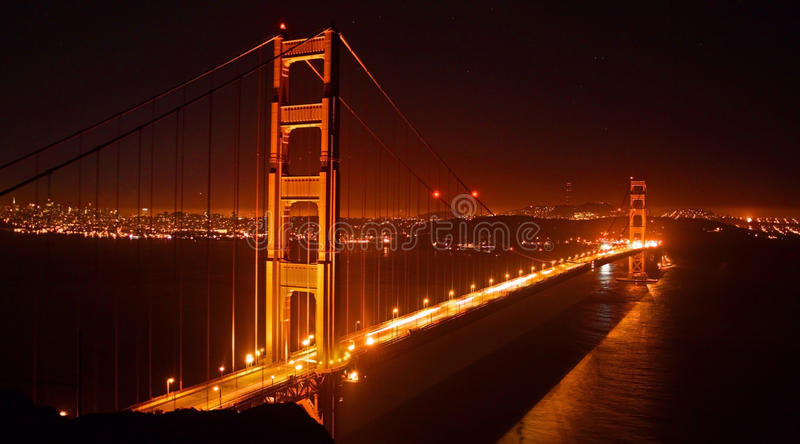 Ponte De Porta Dourada, San Francisco Na Noite Fotos de Stock