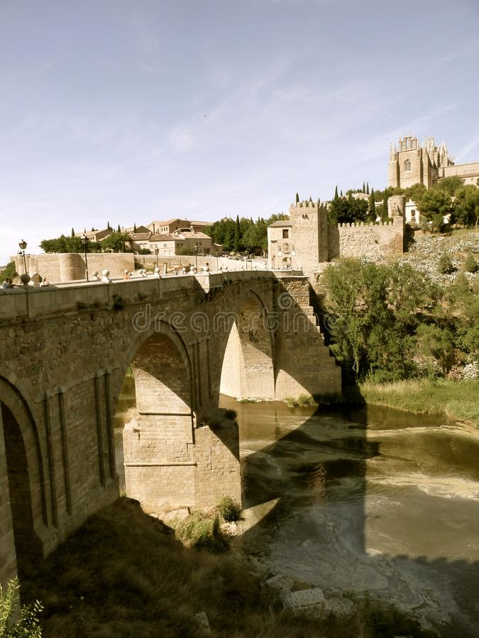 Ponte de Puente de San MartÃn fotos de stock royalty free