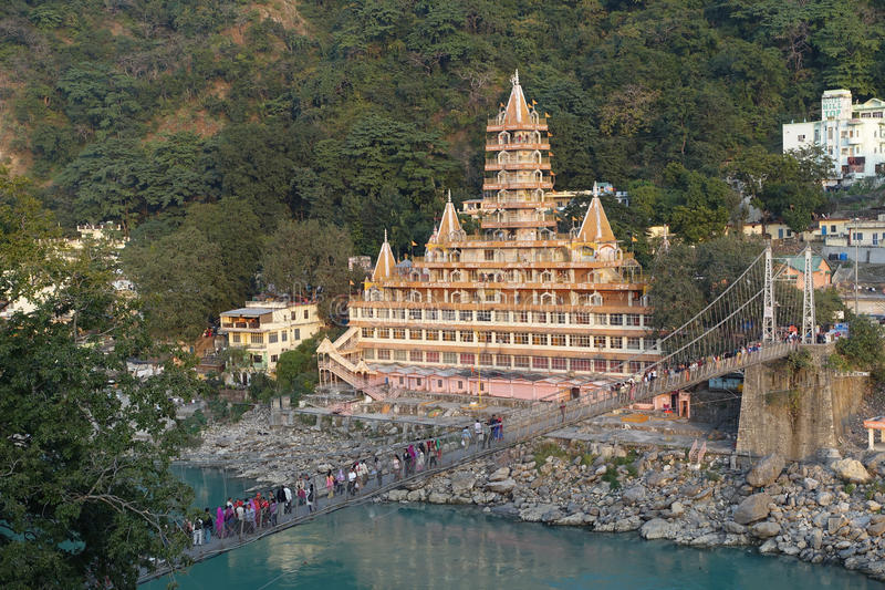 Ponte de Rishikesh Lakshman Jhula foto de stock royalty free