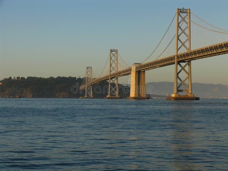 Ponte de San Francisco Bay no por do sol fotografia de stock