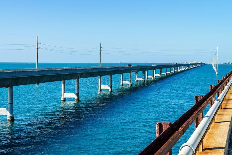 A ponte de sete milhas, chaves, Floride imagem de stock