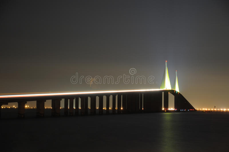 Ponte de Skyway da luz do sol, Florida fotografia de stock royalty free