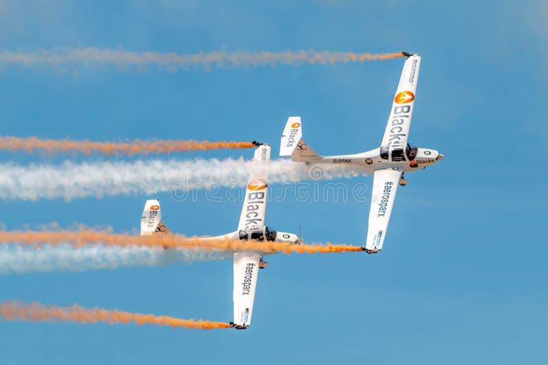 PONTE DE SOR, PORTUGALIA - 3 JUNHO, 2019: aerobatic drużyna wykonuje aerobatics r zdjęcie stock