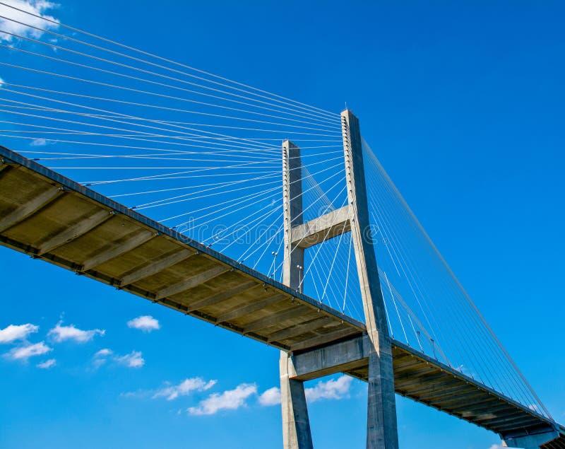 Ponte de suspensão Cloudscape foto de stock