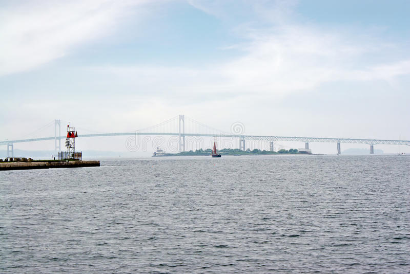 Ponte de suspensão do louro de Newport imagem de stock