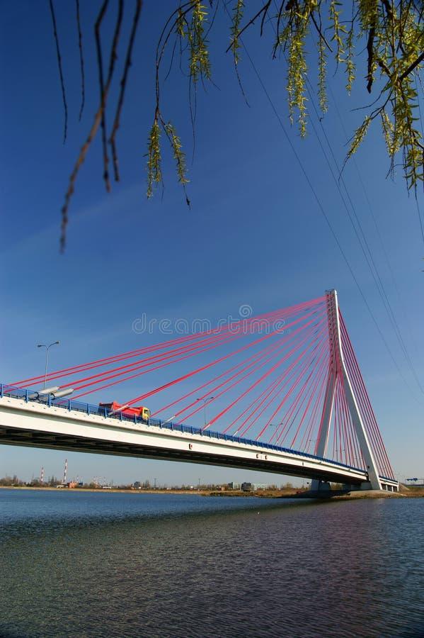 Ponte de suspensão no céu azul foto de stock royalty free