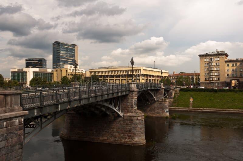 Ponte de Zverynas em Vilnius, Lituânia imagem de stock