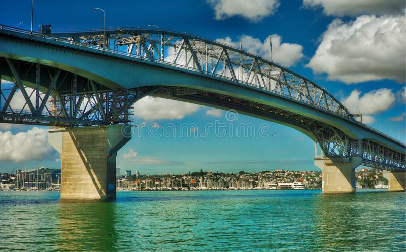 Ponte del porto di Auckland, Nuova Zelanda fotografie stock libere da diritti