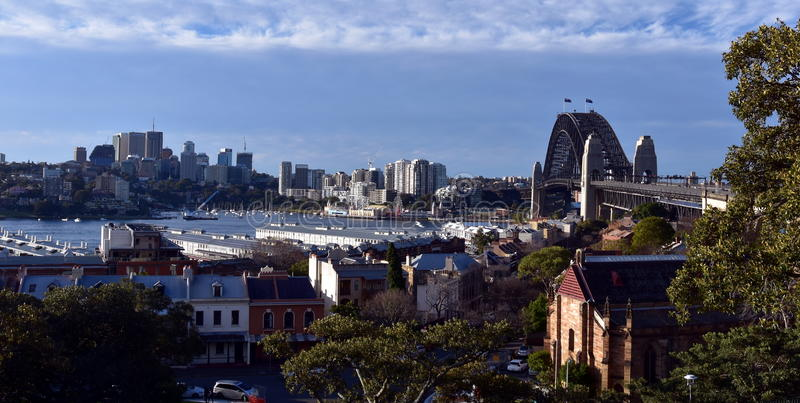Ponte del porto osservato dalla collina Sydney dell'osservatorio immagine stock
