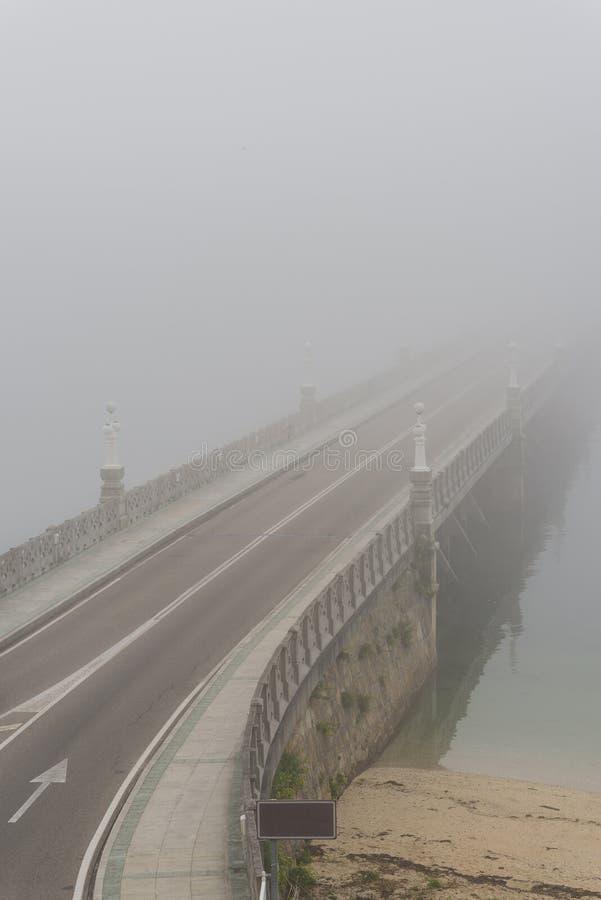 Ponte dell'isola di Toja della La fotografia stock libera da diritti