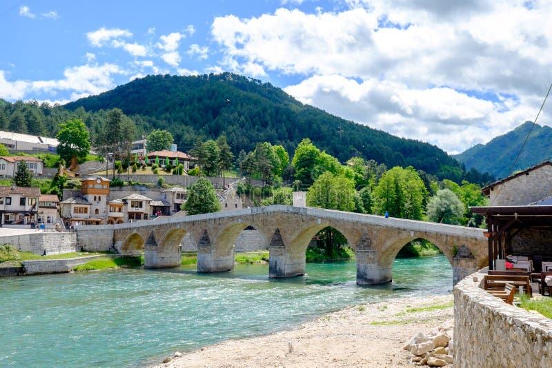 Ponte dell'ottomano di Konjic, Mostar, Bosnia-Erzegovina immagini stock