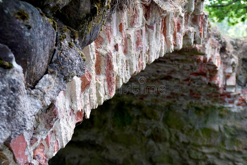Ponte della muratura sopra il fiume Kuja immagine stock