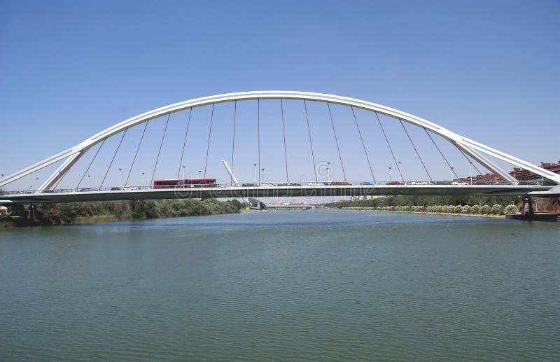 Ponte di Alamillo Puente del Almillo Bridge in Siviglia, Spagna immagini stock