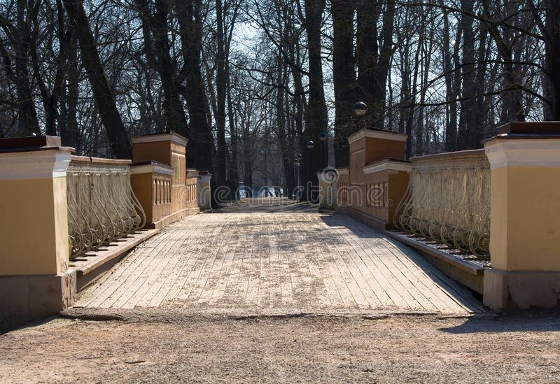 Ponte di angeli in Tartu fotografia stock