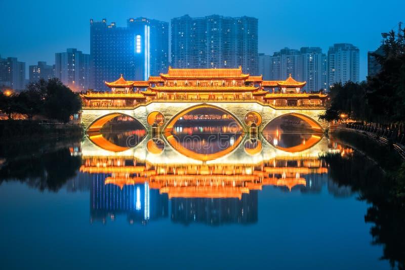 Ponte di Anshun nel crepuscolo fotografia stock
