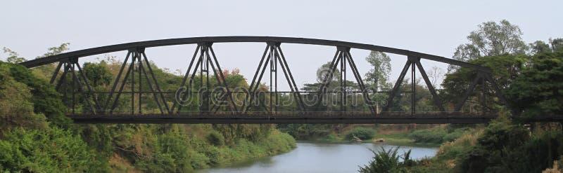 Ponte di capriata del treno fotografia stock