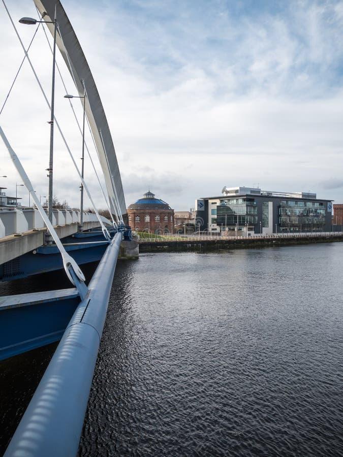 Ponte di Clyde Arc, Glasgow fotografie stock libere da diritti