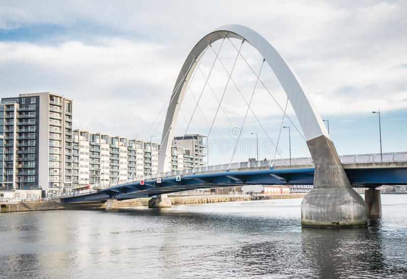 Ponte di Clyde Arc, Glasgow fotografia stock libera da diritti