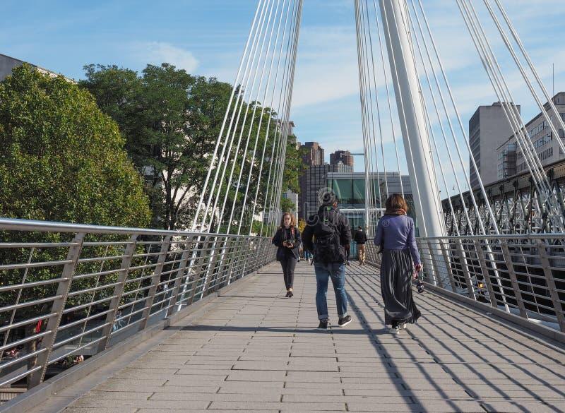 Ponte di giubileo a Londra fotografia stock