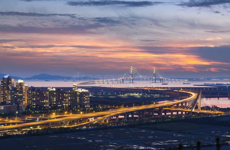 Ponte di Incheon al tramonto fotografia stock