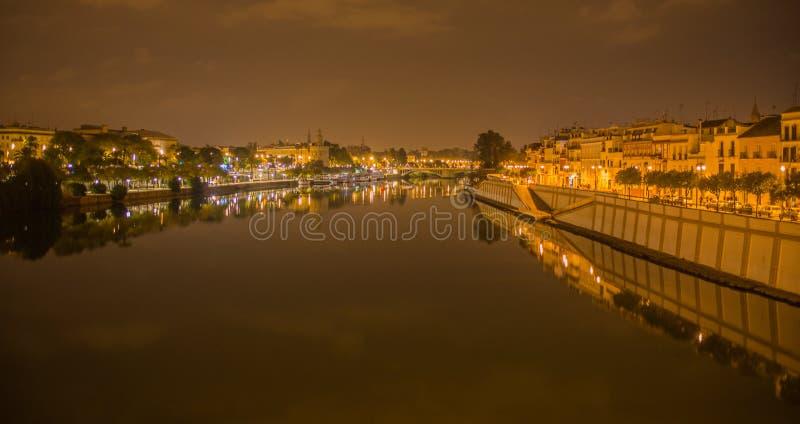 Ponte di Isabel II, Puente de Triana, Siviglia fotografia stock