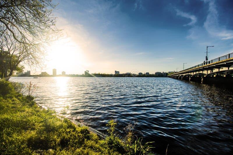 Ponte di Longfellow sopra il fiume Charles a Boston fotografia stock libera da diritti