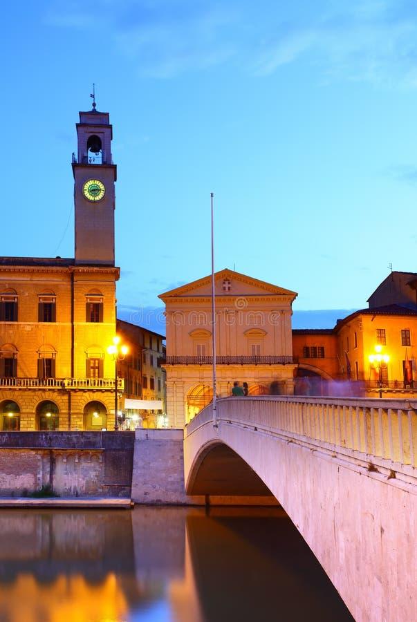 Ponte di Mezzo i Pisa royaltyfria foton
