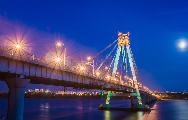 Ponte di notte immagini stock