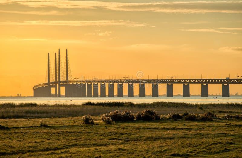 Ponte di Oresund al crepuscolo fotografia stock libera da diritti