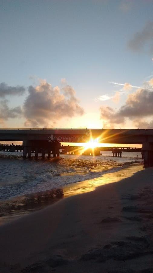 Ponte di pesca di Florida vicino all'isola di amiela fotografia stock libera da diritti