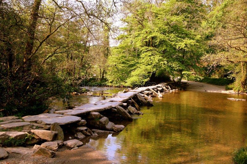 Ponte di pietra preistorico della valvola fotografie stock