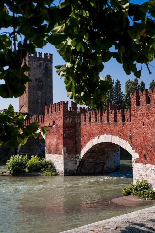 Ponte Di Pietra, Verona Italy - fotografia stock