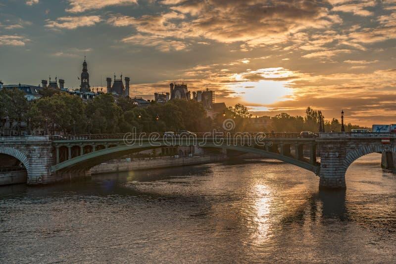 Ponte di Pont Neuf a Parigi immagini stock libere da diritti