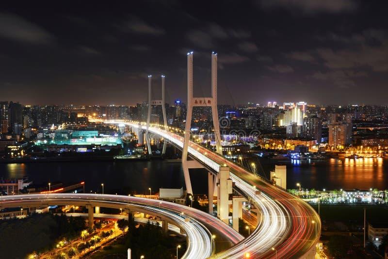 Ponte di Shanghai Nanpu fotografie stock libere da diritti