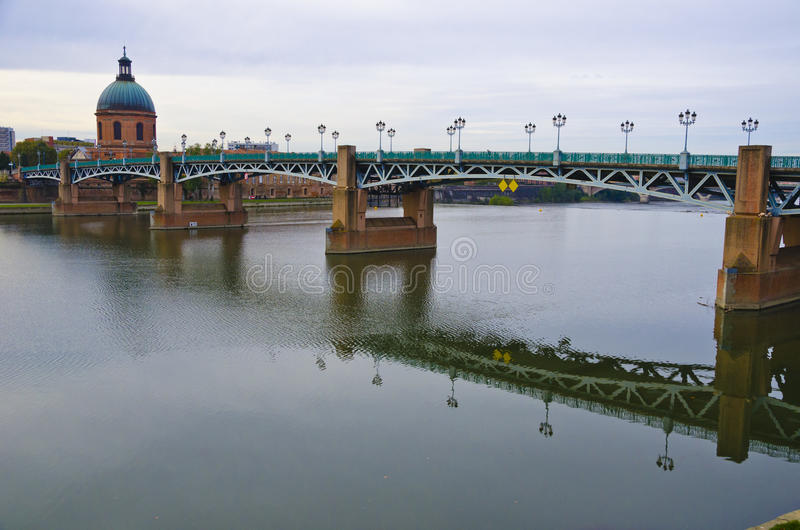 Ponte di St Pierre, Tolosa Francia immagine stock