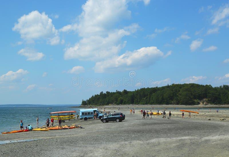Ponte di terra su bassa marea nel porto di Antivari immagine stock